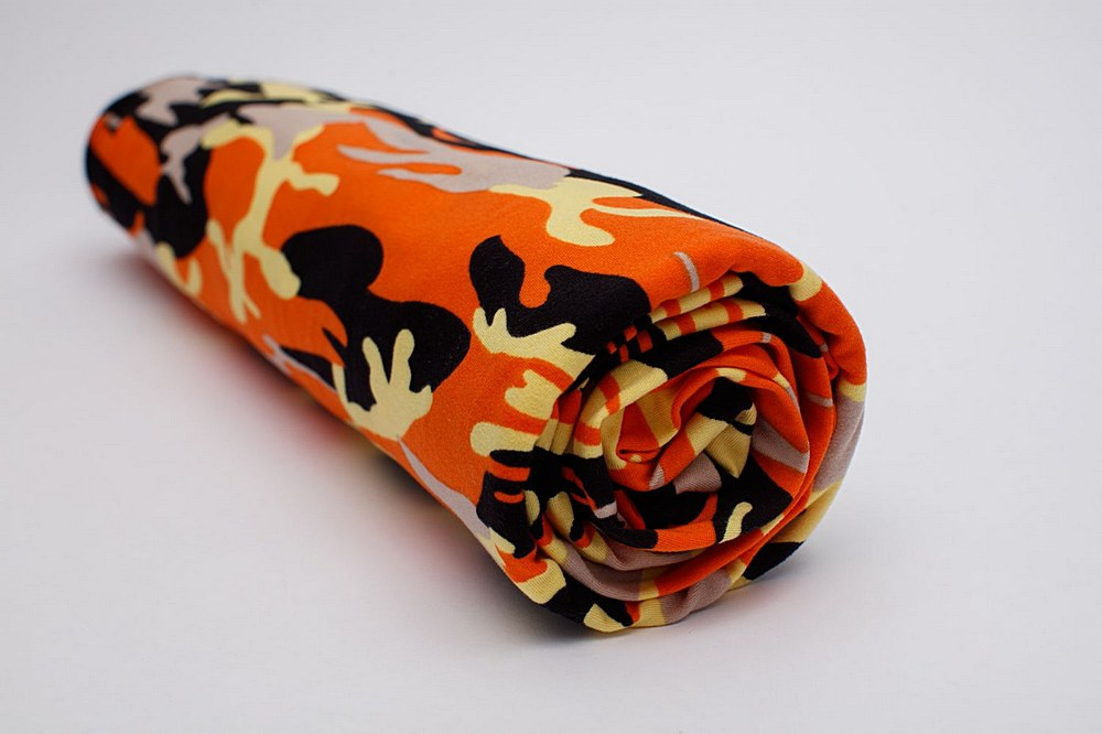CC18202-792BR-I/07ORNG/BLK/YELLW / Brushed DTY W/Camouflage Print Design,
