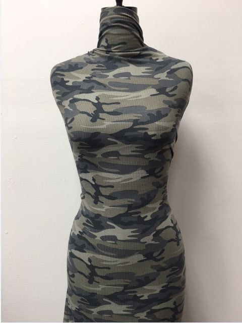 CC18202-2792I/56GRAY/OLIVE LT/CHARC / Brushed DTY 4x2 RIB W/Camouflage Print Design,